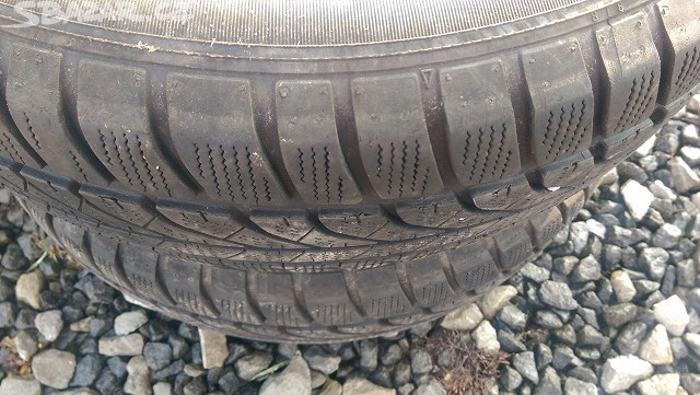 Zimní pneu Dunlop 175/70 R14 2ks