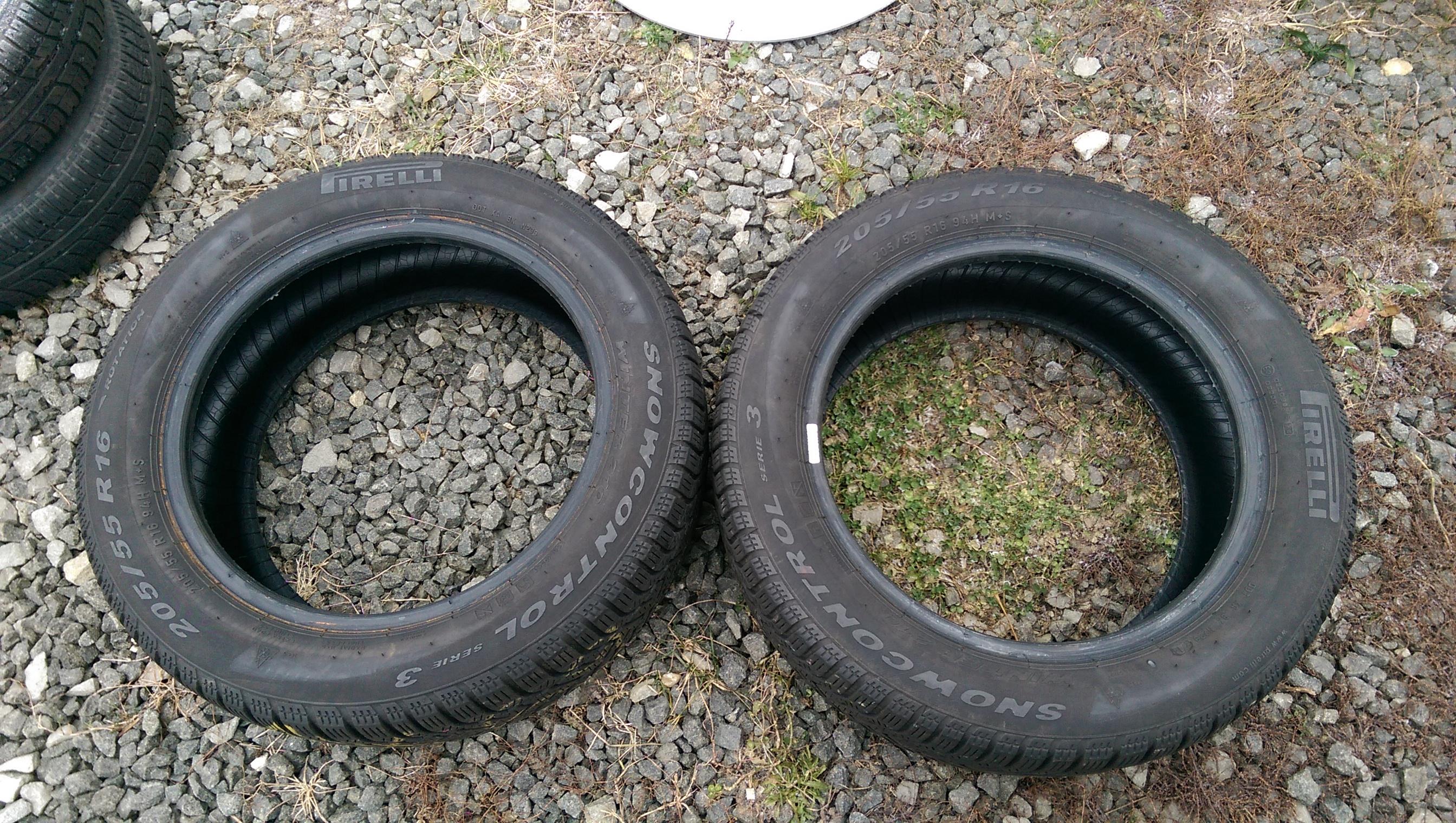 Zimní pneu Pirelli SnowControl Serie3 205/55 R16