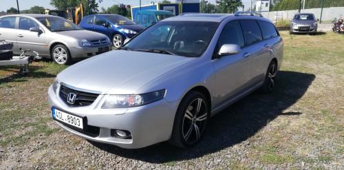 Honda Accord 2.4i-VTEC Exclusive,Navi,Klima,Temp,ALU+sada