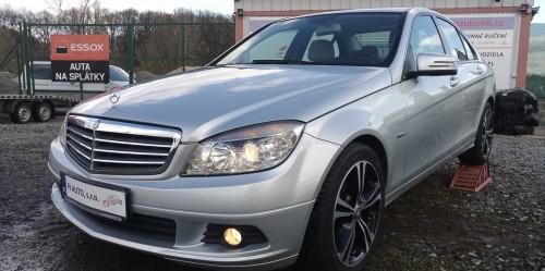 Mercedes-Benz C220 CDi 125kW Elegance W204