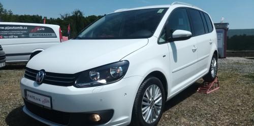 Volkswagen Touran 1.6 TDi 77kW CUP,ALU,Temp,PDC,1majitelka